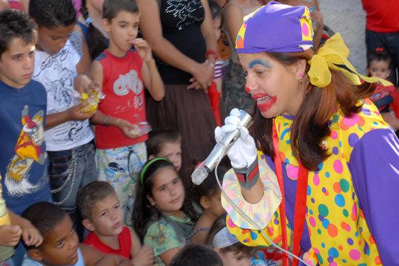 Participa del día de los niños con la Alcaldía